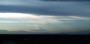 富士山に暗雲